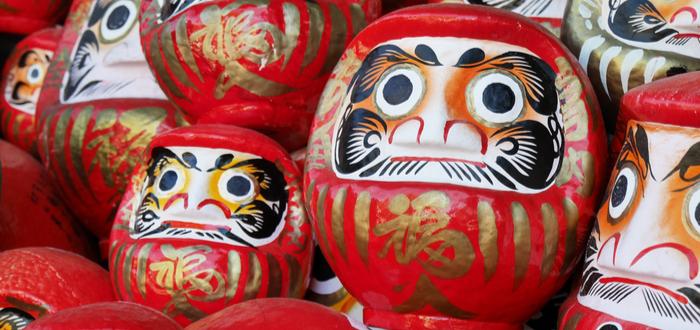 Símbolos Japoneses. Los amuletos de la mitología japonesa. Daruma Japonés