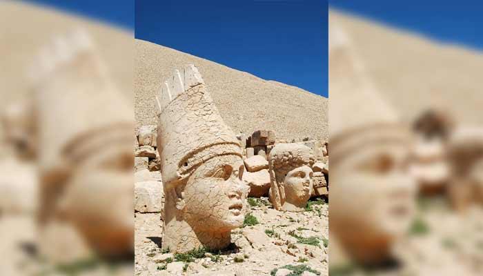 Nemrut Dağ: la montaña de los viejos dioses.