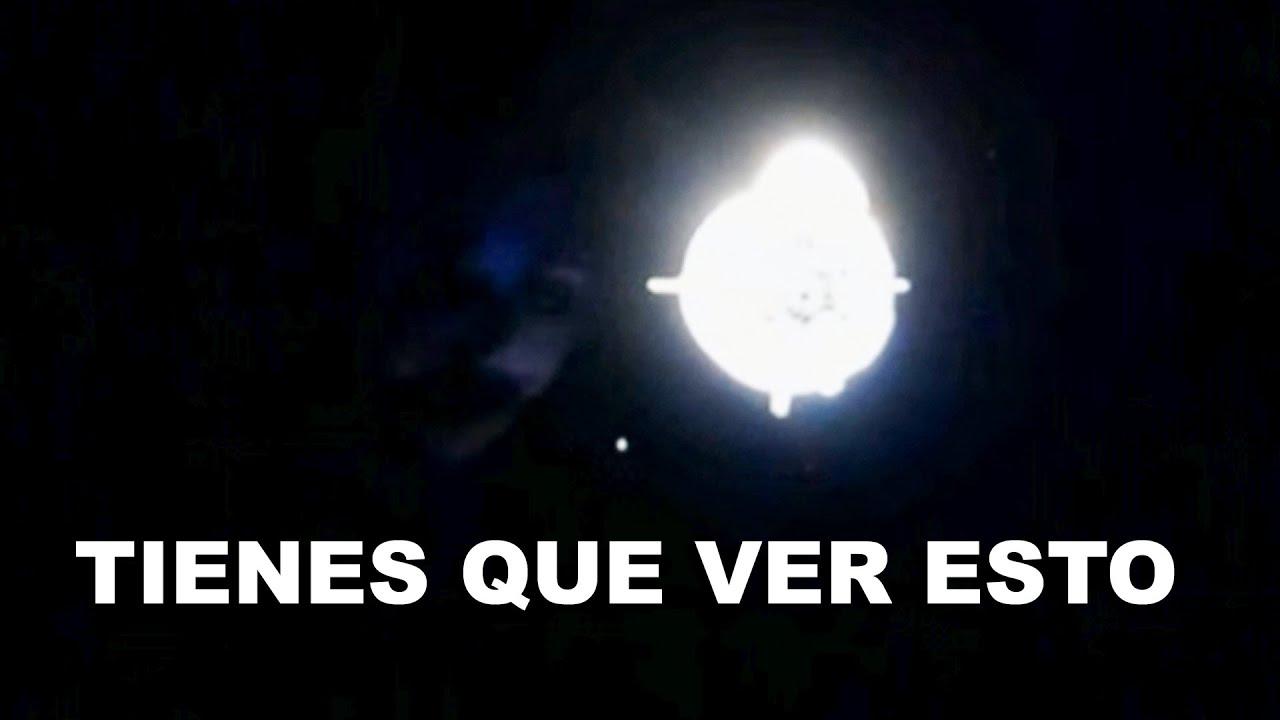 SI! HAY OVNIS OBSERVANDO LA CREW DRAGON EN DIRECTO