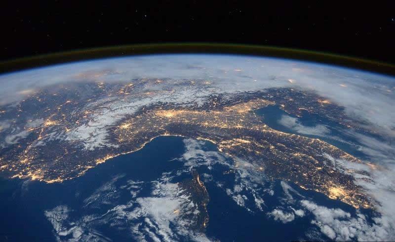 Campo magnético de la Tierra podría estar cambiando diez veces más veloz de lo esperado