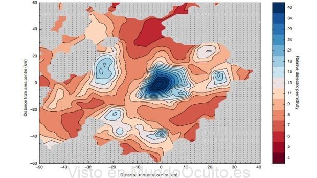 Mapa que indica la presencia de agua liquida bajo la superficie del Polo sur de Marte (valores por encima de 15)