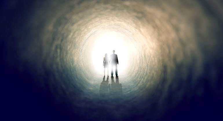 La Muerte no es el Final, continuamos viviendo en un universo paralelo, según teoría científica