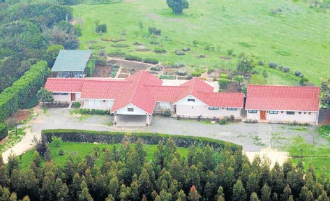 Vista aérea de la casa del general Augusto Pinochet en el sector precordillerano de El Melocotón.