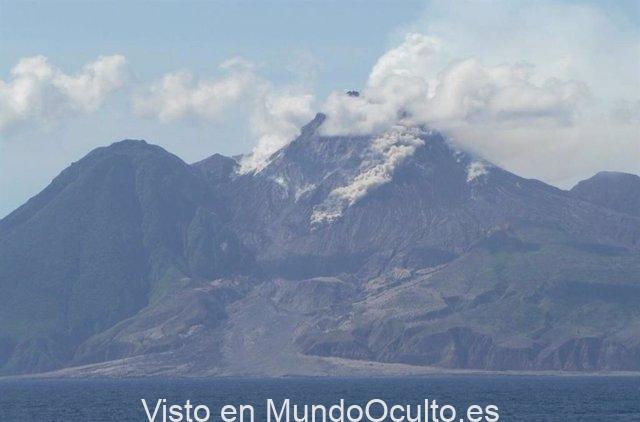 Avalancha de flujo de escombros volcánicos en el volcán Soufriere Hills, Montserrat.