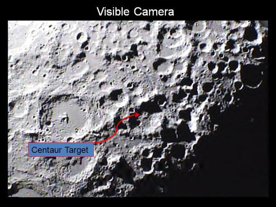 Resultado de imagen de NASA está bombardeando la luna