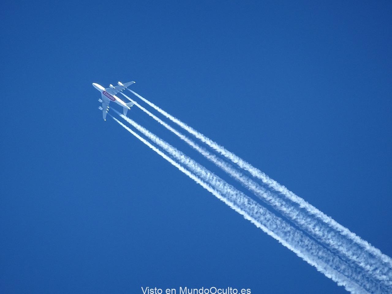 aircraft-1705925_1280.jpg
