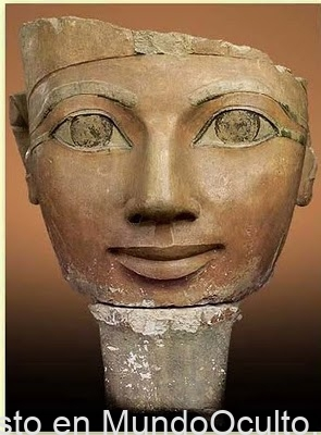 Hatshepsut, el misterioso suceso de la faraona borrada de la cronica