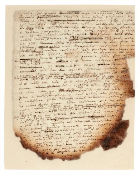 Los textos están escritos en latín e inglés, aunque también se usa el griego y el hebreo