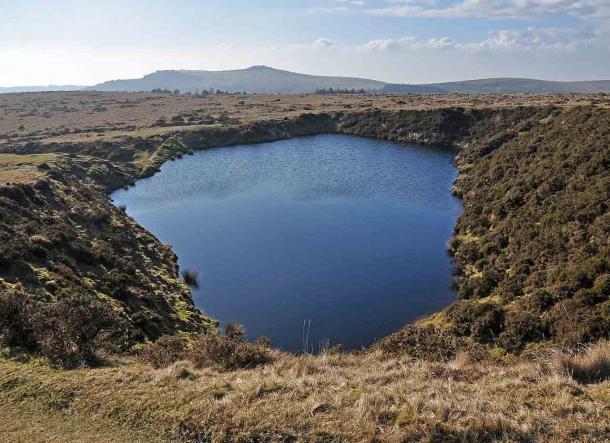 Crazywell Pool en Dartmoor ha dado lugar a muchos mitos y leyendas. (Nilfanion / CC BY-SA 3.0)