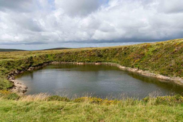 Crazywell Pool en el Parque Nacional de Dartmoor ha sido objeto de muchos mitos y leyendas. Fuente: Andreas / Adobe Stock