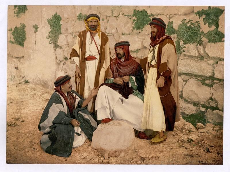 Representación artística de un grupo de hombres beduinos