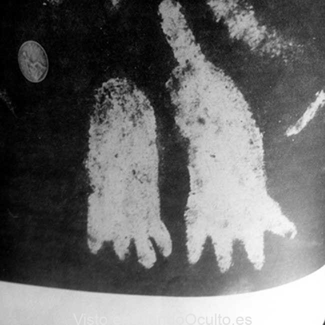 La roca gigante de 5.000 años con enigmaticos símbolos