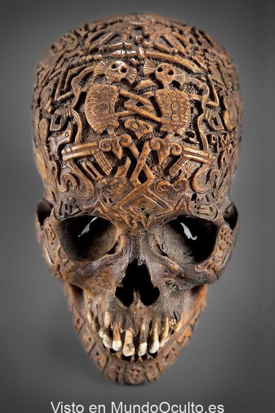 La misteriosa e imponente calavera tallada del Tíbet