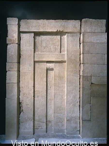 ¿A dónde conducen las Puertas Falsas de las Sepulturas de Egipto? ¿Quién podía atravesarlas?