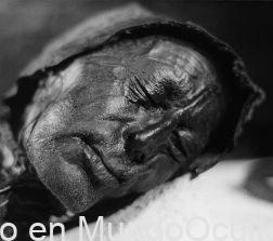 Hombre confesó haber asesinado a su mujer, pero el cuerpo resultó tener 1.600 años
